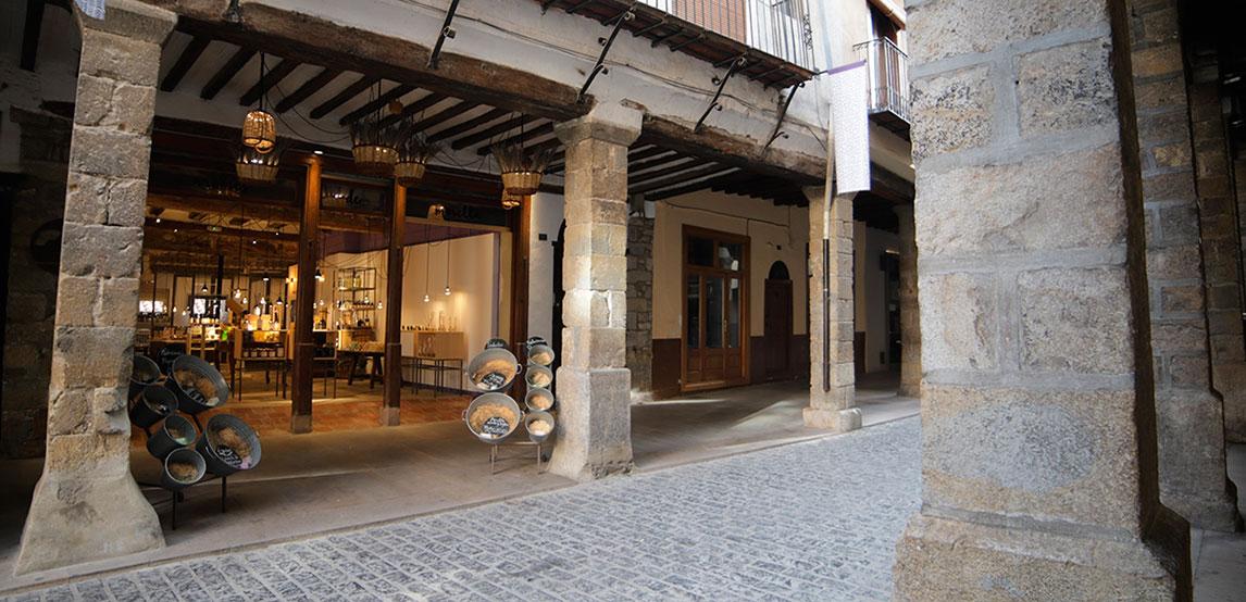 Fachada nuestra tienda en Morella
